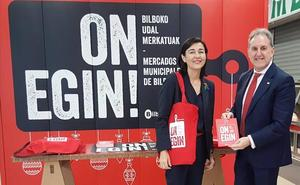Los mercados de Bilbao repartirán 7.500 bolsas reutilizables para las compras navideñas