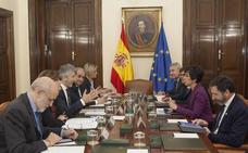 Los gobiernos central y vasco pactan que la Ertzaintza realice 'persecuciones en caliente' en Francia