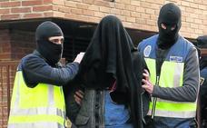 Detienen en Vitoria a un yihadista que alardeaba de saber fabricar bombas