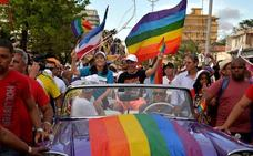 Los cristianos cubanos logran dejar el matrimonio gay fuera de la nueva Constitución