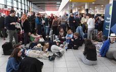 Dos vuelos cancelados en Loiu por el caos en el aeropuerto de Gatwick por la intrusión de drones