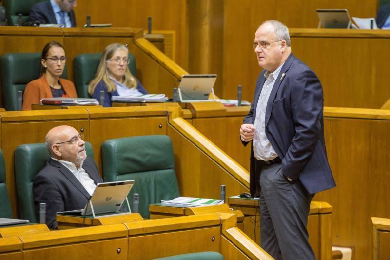 PNV y EH Bildu acuerdan que el Parlamento vasco envíe una delegación al juicio del 'procés'