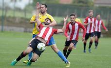 Choque del Bilbao Athletic en la frontera para catapultarse