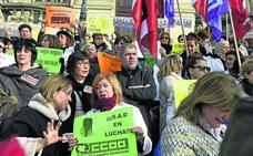 Las trabajadoras de ayuda a domicilio en huelga: «A las instituciones no les interesan los mayores»