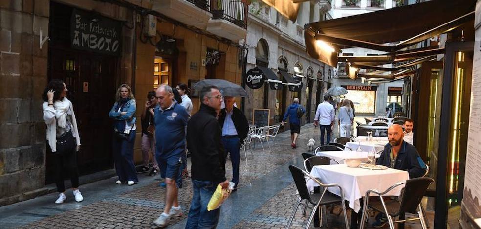 Una de cada diez terrazas del centro de Bilbao incumple la normativa