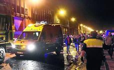 Sanitarios de ambulancias sufren tres agresiones en zonas de ocio de Bilbao
