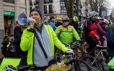 Decimoséptima marcha ciclista para pedir un bidegorri entre Bilbao y Getxo