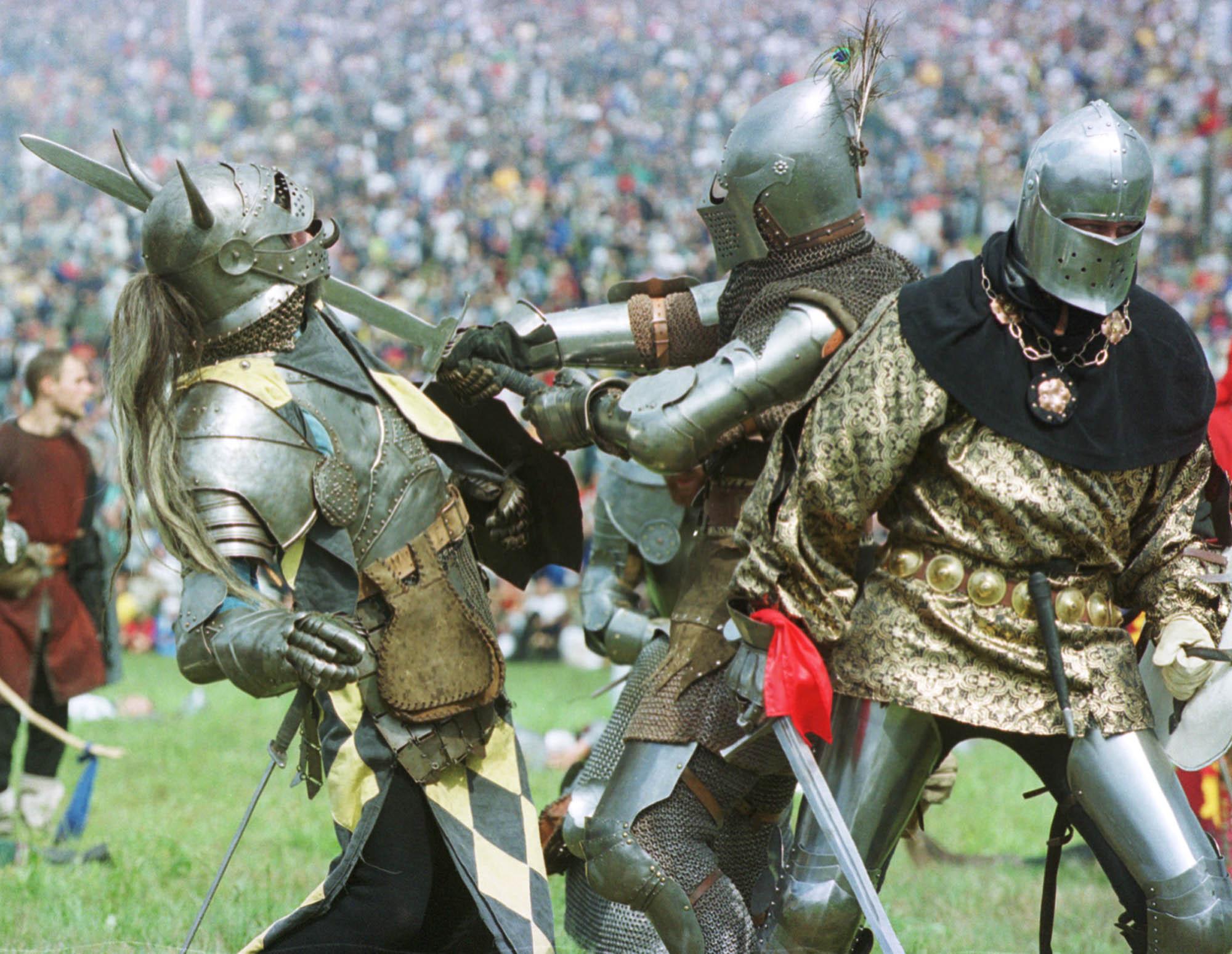 La historia nórdica y el combate medieval irrumpen con la Asociación Bohurt Miranda