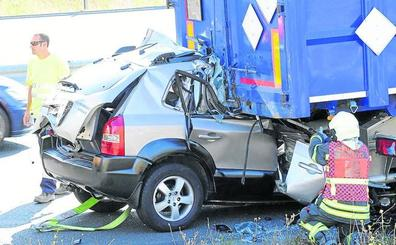 Los muertos en las carreteras alavesas se incrementan un 45%, hasta los 13 fallecidos