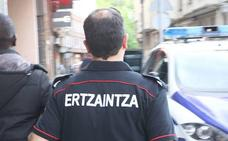 Detenido un camarero por traficar con droga en un bar de Zaramaga