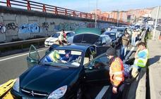 Dos heridos en una colisión múltiple en Rontegi