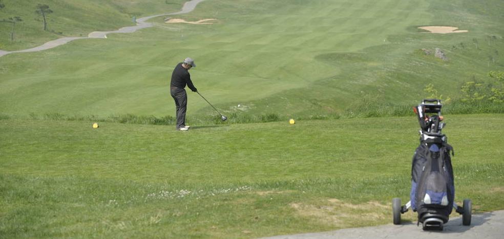 El plan de la Diputación para reflotar el campo de golf de La Arboleda fracasa tras 18 meses