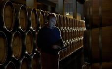 El enólogo responde: «¿Es bueno poner un hueso de jamón al vino?»