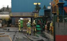 Cinco intoxicados al arder 300 kilos de circonio en una empresa de Mungia
