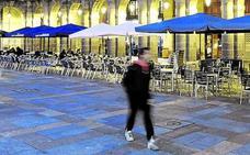 El Ararteko critica al Ayuntamiento por no defender a los vecinos de la Plaza Nueva