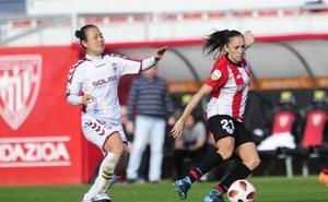 Vanesa Gimbert, la única jugadora del Athletic que lo ha jugado todo