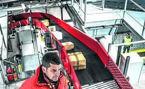 El 'boom' de las compras online dispara un 30% la actividad en centros logísticos alaveses