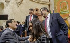 Los 37 puntos del acuerdo entre Vox y PP para apoyar la investidura de Moreno