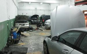 La Policía Local de Vitoria desmantela un taller ilegal en Oreitiasolo