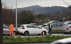 Colisión múltiple entre cuatro vehículos en La Avanzada