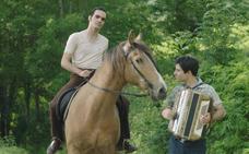 'El hijo del acordeonista' se estrena en cines el 12 de abril
