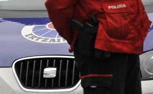 Dos detenidos en Bilbao por sendos atracos a punta de navaja