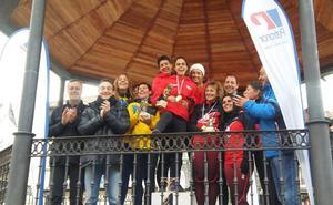 Las máster del BM Bilbao campeonas de Bizkaia de Cross en las campas de Muskiz