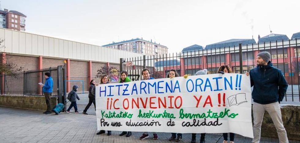 Sindicatos cifran en un 65% el seguimiento hoy de la huelga en la enseñanza concertada y Kristau Eskola, en el 28%