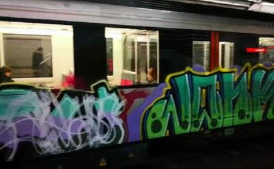 Segundo ataque de grafiteros al metro en 15 días