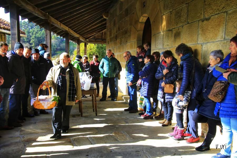 La subasta de Garai recauda 650 euros