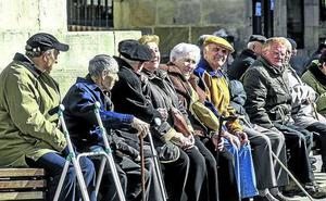 Hacienda avisa de que las ayudas perjudican a los mayores al suprimir deducciones