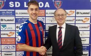 «Quiero volver a disfrutar sintiéndome futbolista», afirma Juaristi