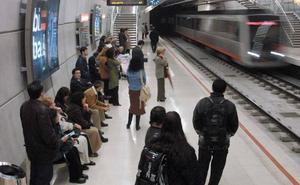 Fallece de un infarto en la estación del metro en Barakaldo