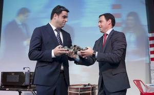 La empresa de motores eléctricos Lancor recibe en Muskiz el premio Marcelo Gangoiti