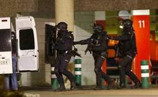 Simulacro en Vitoria: «¡Yihadistas han tomado rehenes en El Boulevard!»