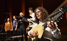 Enrike Solinís gitarra-jotzailearen kontzertua, Vital Fundazioa Kultur aretoan