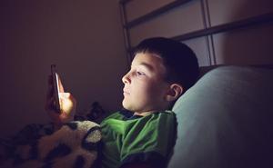 Cómo evitar que nuestros hijos vean contenido inapropiado en sus smartphones