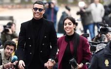 El 'paseillo' de Cristiano Ronaldo con Georgina en la Audiencia Provincial de Madrid