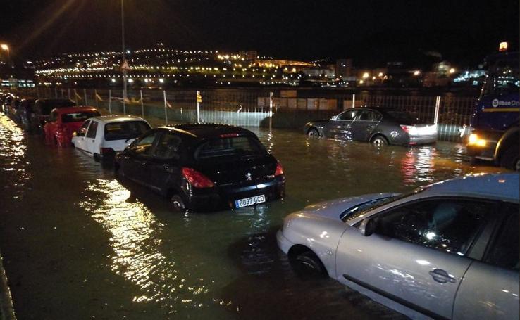 Importantes balsas de agua en Zorrozaurre y la curva de Elorrieta