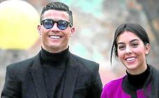 El paseíllo de Cristiano Ronaldo y su mujer