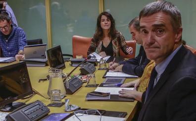 El Gobierno vasco da marcha atrás y revisará el proyecto sobre terrorismo en las aulas