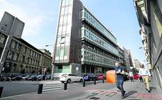 Una promotora madrileña levantará 38 pisos en las oficinas de Kutxabank