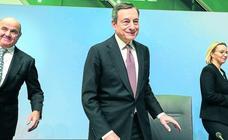 El BCE relega la subida de los tipos de interés al empeorar la economía de la Eurozona