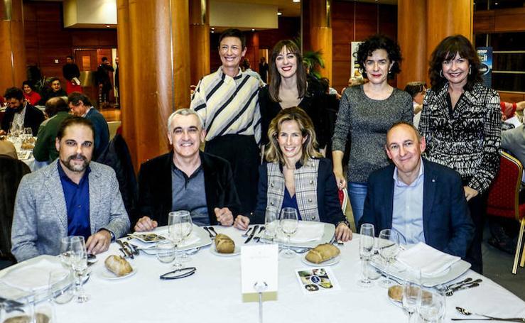Galería de fotos de los premios del XXII Concurso de Sociedades Gastronómicas de Álava