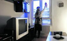 Menos de un tercio de las cerca de 100.000 empleadas del hogar en Euskadi están afiliadas
