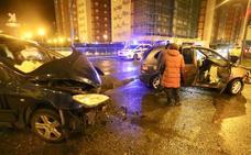 Cuatro heridos en un choque entre dos vehículos en Retuerto