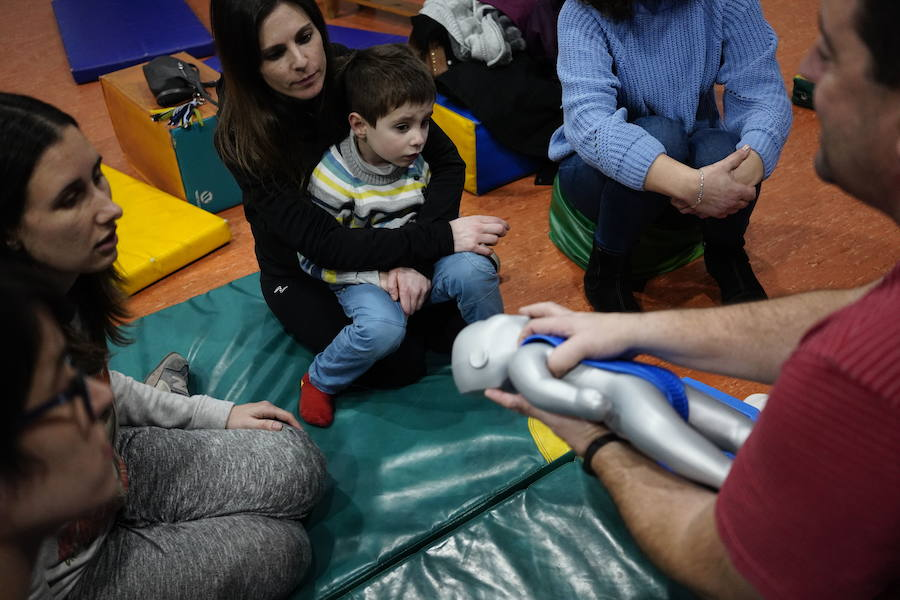 Los 'peques' aprenden primeros auxilios