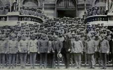 Aniversario de la Policía Municipal de Bilbao: del bicornio a la txapela en 175 años
