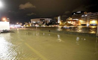Bronca entre Abaunza y la oposición por las inundaciones en Zorrozaurre