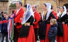 La tradicional danza del Escarrete en Poza de la Sal